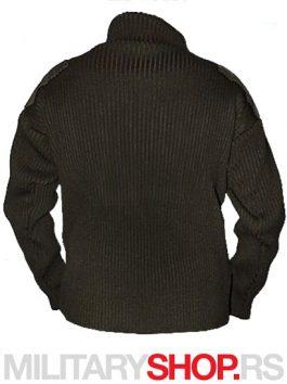 zimski-džemper-zeleni-sajt-410x547-zadnja-strana-final-sa-logom-