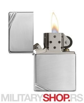 Zippo upaljač Vintage High Polish Chrome Slashes