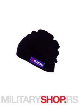 Crna kapa sa Suzuki vezenim znakom