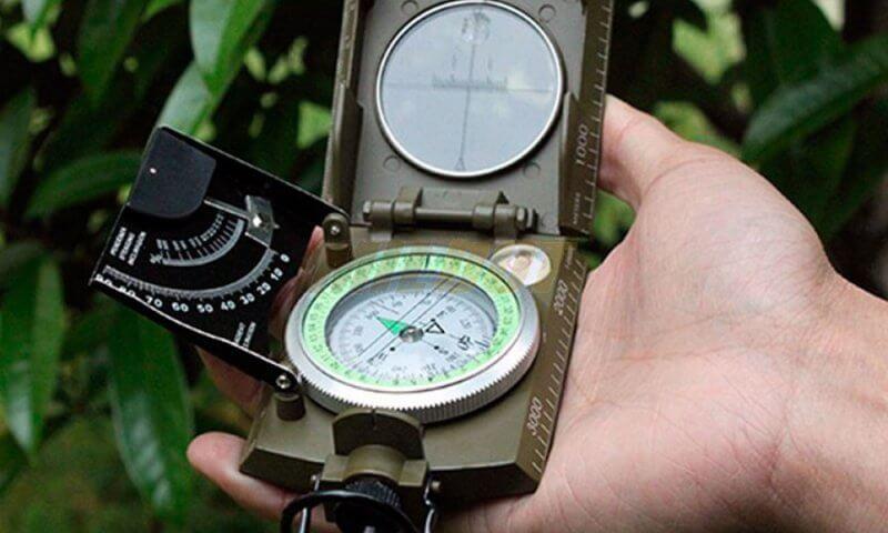 OUTDOOR OPREMA - Profesionalni kompas Konus Konustar 10