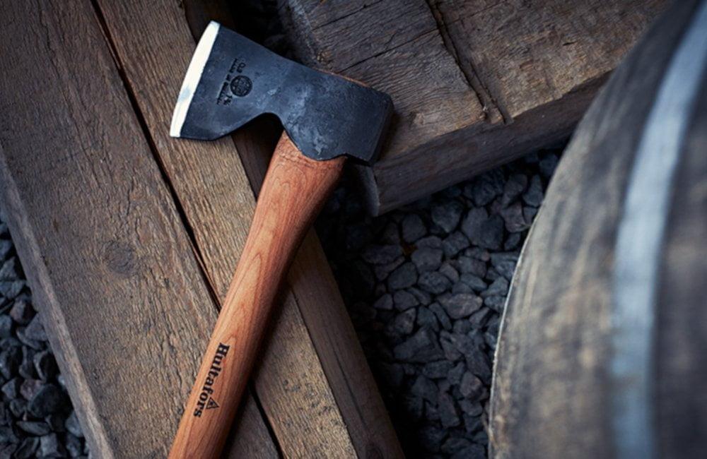 Viševekovna tradicija izrade vrhunskih proizvoda - Hultafors sekire i noževi