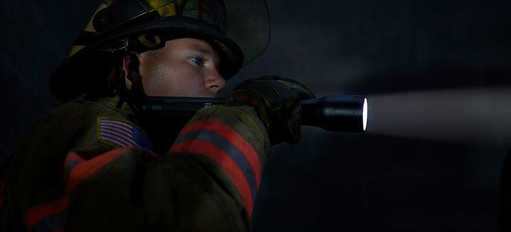 Vatrogasna lampa Led lenser P17-R