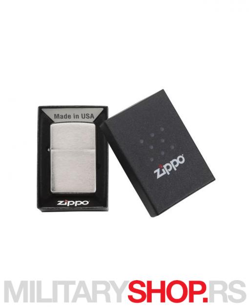 Armor® Brušeni hrom Zippo upaljač