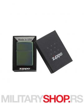 Metalik-zeleni Zippo upaljač