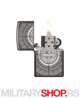 Zippo upaljač sa gravurom kompasa