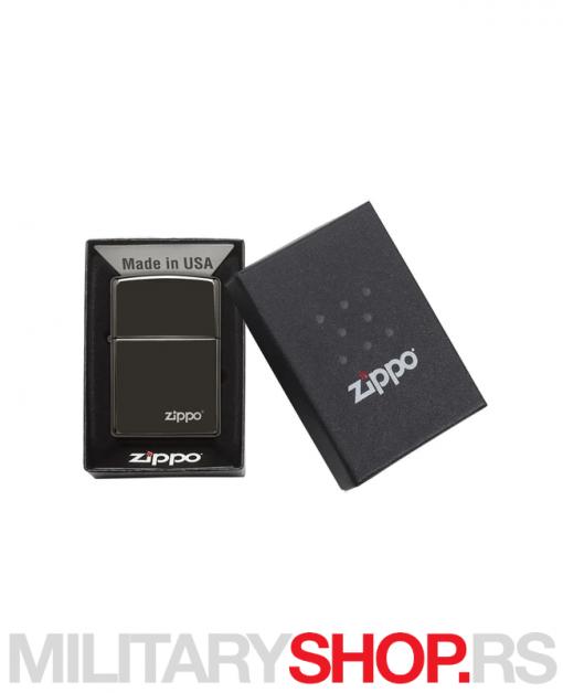 Visokopolirani crni upaljač sa logom Zippo