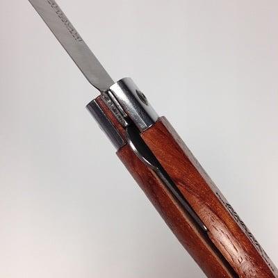 Nož sa mehanizmom za zaključavanje Mam 2046
