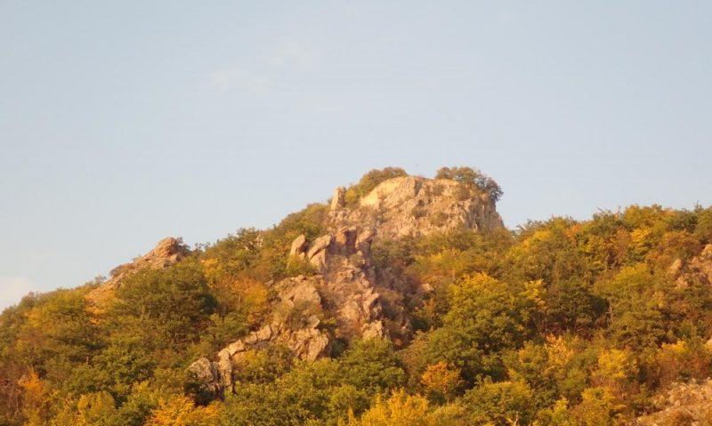Srednjovekovni grad Jeleč na Rogozni