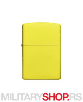 Mat žuti Zippo upaljač