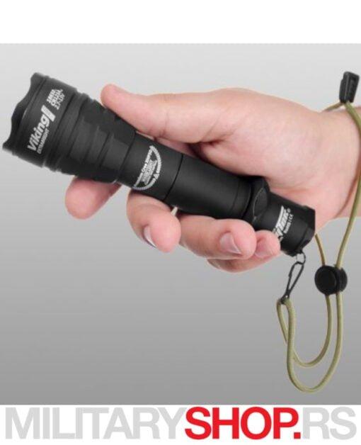 Taktička lampa ArmyTek Viking Pro