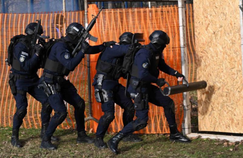 Oprema i naoružanje Policijske Brigade