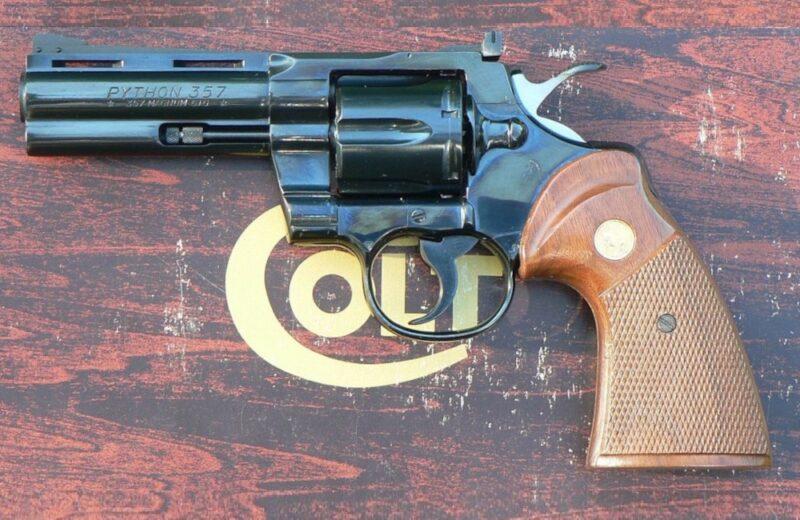 Revolver Magnum 357 Colt Python
